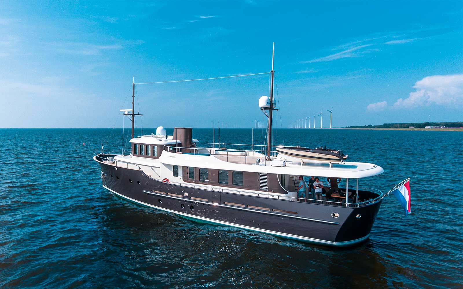 Livingstone 24 – Hartman Yachts